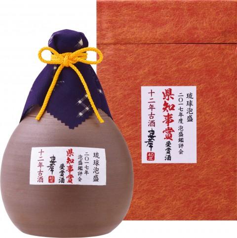 2017年度泡盛鑑評会県知事賞受賞酒/琉球城焼とっくり720ml箱付2